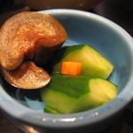鮮魚旬菜 吉 - 香の物