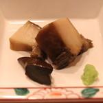 神楽坂寿司幸 - 蒸しアワビ