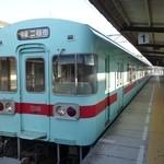 20991526 - (2013/8月)西鉄太宰府線で行きました。