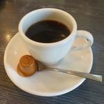21013656 - 2013.09 コーヒーは温め直したので熱々で火傷しそうでした:笑