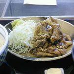 21015526 - 牛カルビ定食 530円