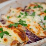 ヴァカンツァ - 燻製スカモルツァチーズとトレビスのオーブン焼き