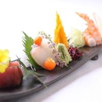 三瀧荘 - 瀬戸内産の鮮魚が彩るお造り
