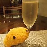 21032588 - シャンパン(グラス)
