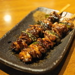 我武者羅 - 2013.9 地鶏モツ焼(1串190円)鶏のハツモト