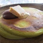 うめぞの カフェアンドギャラリー - 料理写真:抹茶のホットケーキ