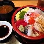 四季さかな - 大漁丼