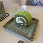 サトウヤ - 抹茶のロールケーキ