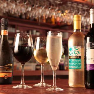 """いろいろな価格帯のワインが豊富に揃っています☆"""""""