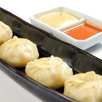ネパール家庭料理 ホワイトヒマラヤ - ホワイトヒマラヤ味自慢!モモ