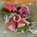 Toramarusuisan - 生本まぐろ3種盛り(1,280円)