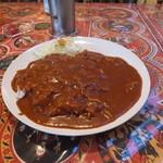 印度屋 - ビーフ10段は大沢食堂の極辛より赤くないです。