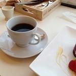 21067844 - コーヒー350円