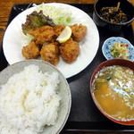 香とり - 若とり唐揚げ定食 750円