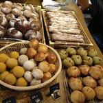 カフェ椿  - 天然酵母パンがいっぱい