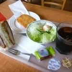 サンドイッチ工房 victory cafe - 2013.09ランチセット(500円)