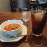 ゲンロ&カフェ - 本日のスイーツ(パンナコッタ)、アイスコーヒー