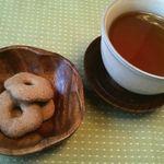 蕎麦工房 一休 - そば茶と蕎麦ボウロ
