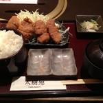 21084992 - 牛ロースカツ膳(950円、ご飯大盛り無料)