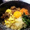 韓館 - 料理写真:『石焼ピビンパ』濃厚秘伝のタレ使用!パリパリのおこげが楽しめます。