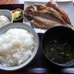 うさみ茶屋 - ひもの定食