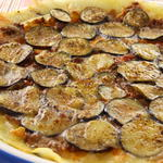 GAMバル - ナスとひき肉のピザ