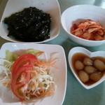 ふる里 - (2013年8月再訪)前菜は、たくさん提供される♪