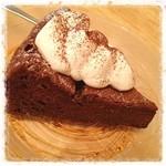 TAK CAFE - チョコケーキ(o^^o)