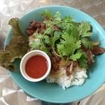 ナカナカ - Thai風牛肉炒めライス