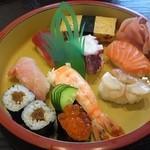 新月寿司 - 握り