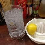 下町食堂 春屋 - 生レモンサワー