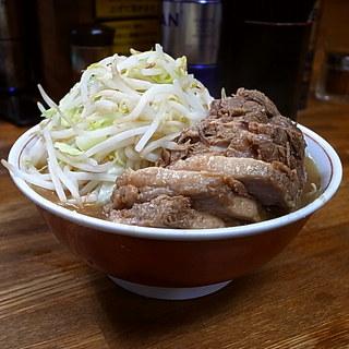 ラーメン二郎 新小金井街道店 - 小ラーメン豚入り(そのまま、2013年8月3日)
