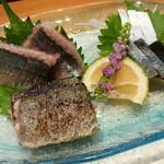21102605 - 【H25.9.5】秋刀魚炙りと鯖。