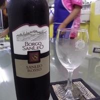 タイーヤータイ - 赤ワインもボトルで置いています。メニューにはのっていませんが、スタッフに声をかけて下さいね。