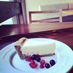 21105964 - アールグレイのチーズケーキ  550円