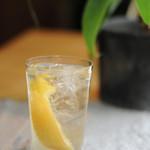 jicca - 塩漬けレモンのサワー