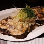 オイスターハウス ヤマト - 牡蠣の白ワイン蒸し