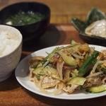 one's+1 - 野菜たっぷり冷やしブタキムチ