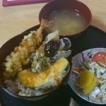 そうめん屋まごころ亭 - ひしお丼 650円