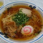 かどや商店 - 料理写真:ラーメン600円