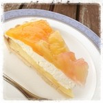 ホルツはつしま - ピーチとパインのケーキ  食後のデザートセット ¥100引きで ¥330なり~