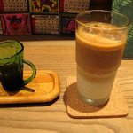 Cafe びすたーれぃ - アイスカフェ・ラテ