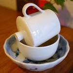 A l'aise - こんな感じで中国茶を注ぎます。