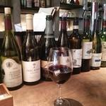 21141137 - グラスワイン\600