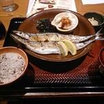 大戸屋 - 生さんま炭火焼き定食