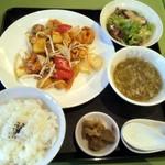 麗華 - 2013/9 エビのカレー炒めランチ