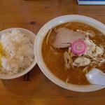 ぴうからーめん - 味噌ラーメン+ライス 700円+150円