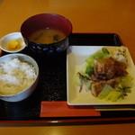どっとこむ - 料理写真:日替わりランチ(500円)