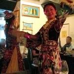 アロヒディン - 2013年9月7日 羊祭 ウズベキスタンの民族舞踊