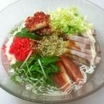 ザザザ食堂 - 牛テールスープの冷麺です。